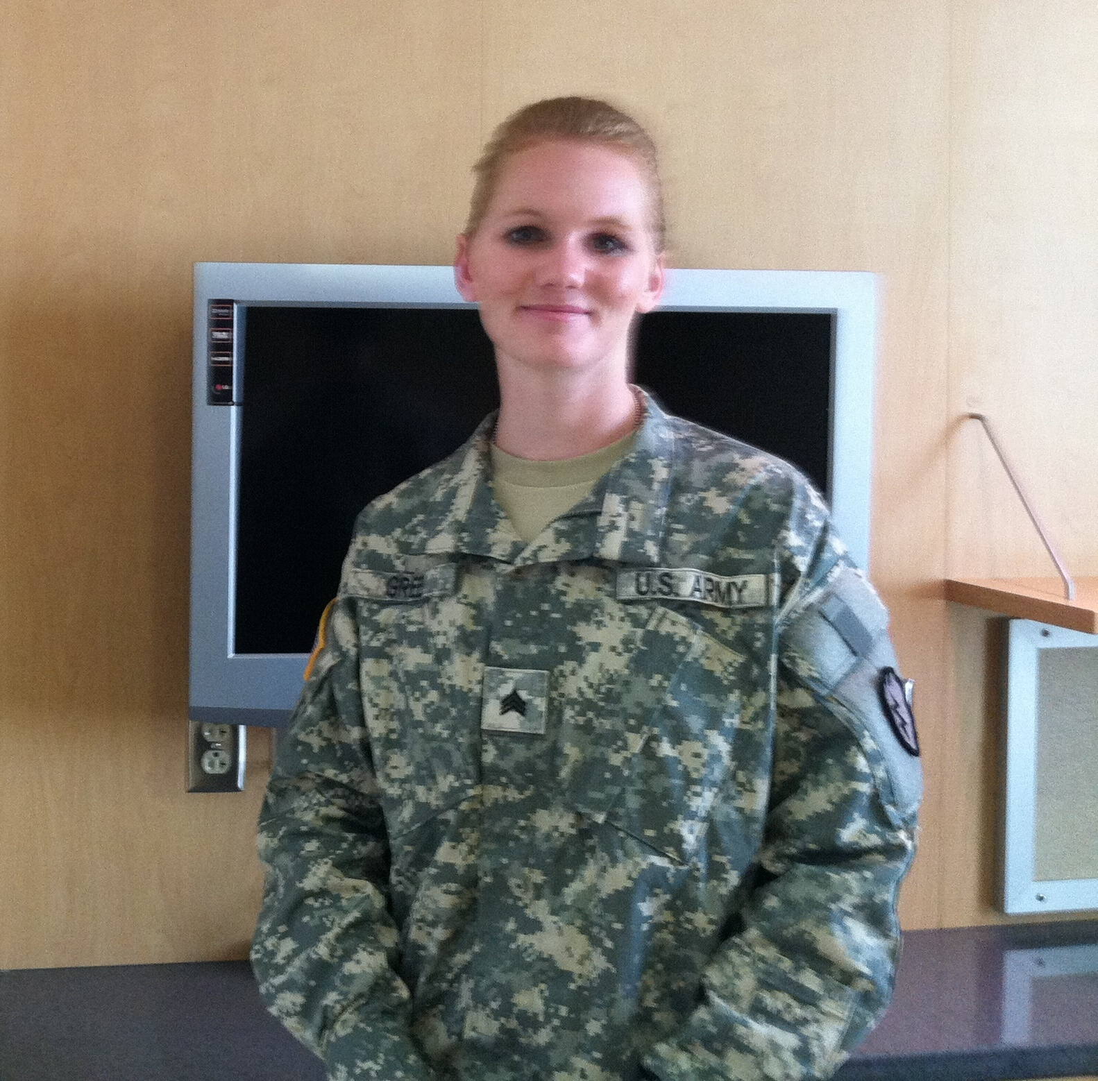 an army sgt recovering from tbi works to stay in uniform