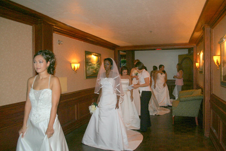 Operation bridal gown for tampa bay area military off for Wedding dresses tampa bay area