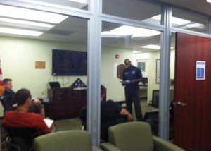 Russ Barnes conducting the Veterans Employment Project session at the USF student veterans lounge.